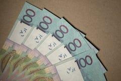 Belarussisches Geld des Bargeldes nach der Abwertung Gehalt oder Kredit lizenzfreie stockbilder
