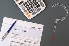 Belastingen en het probleem van de energierekening royalty-vrije stock afbeelding
