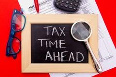 Belastingstijd vooruit - de V.S. Stock Foto