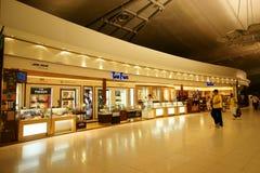 Belastingvrij bij Luchthaven Suvarnabhumi stock foto's