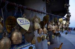 Belces y deseos en el templo Imágenes de archivo libres de regalías