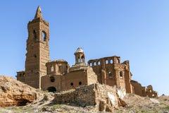Belchite by som förstörs i en bombning under den spanska inbördeskriget royaltyfria bilder