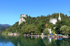 Beld Castle και λίμνη που αιμορραγείται, αιμορραγημένος, Σλοβενία Στοκ Φωτογραφίες