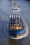 Beldorf (Германия) - грузовые суда на (заретушированном) канале Киля Стоковые Фото