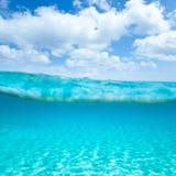Belearic wysp turkusowy morze w turkusowy waterline Zdjęcie Royalty Free