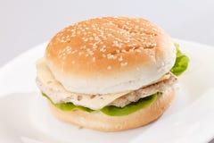 Belegtes Brot mit Hühnerfleisch stockfotografie