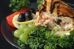 Belegtes Brot mit Hühnerfleisch mit Veggies Lizenzfreies Stockfoto