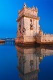 Belem-Turm in Lissabon nachts, Portugal stockbilder
