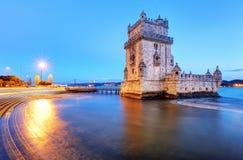 Belem-Turm, Lissabon - Portugal nachts lizenzfreie stockfotografie