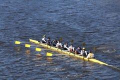 Belen Jesuit Crew Crew compete na cabeça da juventude oito do ` s de Charles Regatta Men Fotografia de Stock Royalty Free
