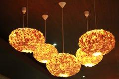Beleuchten im Restaurant Stockbilder