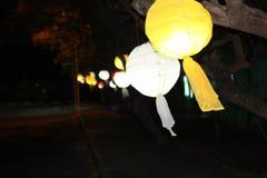 Beleuchtet bokeh Fest anoka chaineselamps Lizenzfreies Stockfoto