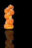 Beleuchtete Halloween-Kürbise Stockfoto