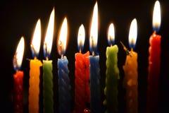 Beleuchtete Kerzen