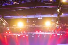 Beleuchtungsbau-Lichtgleichheit der Leistung bewegende lizenzfreie stockfotografie