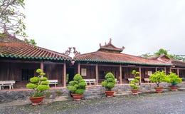 Beleza arquitetónica do templo antigo no campo Imagem de Stock