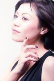 Beleza asiática da forma (violeta) Fotografia de Stock Royalty Free