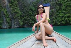 Beleza asiática no biquini Foto de Stock