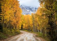A beleza cênico do Colorado Rocky Mountains - Autumn Scene foto de stock