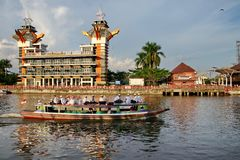 A beleza da torre da opini?o de Banjarmasin fotos de stock