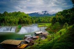 Beleza das cachoeiras Imagens de Stock Royalty Free