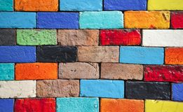 Beleza das paredes de tijolo coloridas foto de stock royalty free