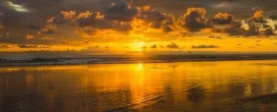 A beleza de um por do sol Imagens de Stock Royalty Free