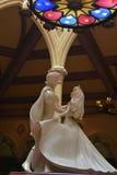 Beleza e a estátua do animal Fotografia de Stock Royalty Free