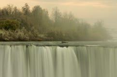 A beleza incrível de quedas de Niagra Imagens de Stock