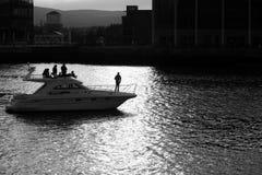 Belfast mette in bacino in bianco e nero Fotografia Stock