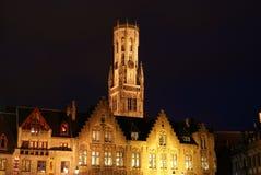 Belfry von Brügge nachts Stockbild