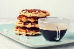 Belga hecho en casa Lieja o galletas del azúcar Imágenes de archivo libres de regalías