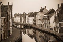 belgien Brügge Alte Stadt, Kanal und historische Gebäude Schwarzweiss-Foto Pekings, China Stockfoto