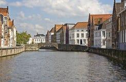 Belgien bruges kanal arkivfoto