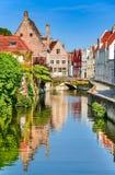 Belgien bruges kanal royaltyfria foton