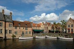 Belgien bruges kanaler Royaltyfria Bilder