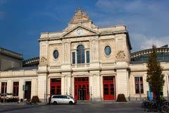 BELGIEN, LÖWEN - 5. SEPTEMBER 2014: Der Altbau des zentralen Bahnhofs Lizenzfreie Stockbilder