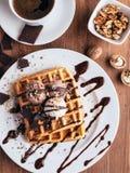 Belgijscy gofry z lody i coffee-5 Fotografia Stock
