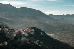 Belgodere古老山村在科西嘉 免版税库存照片