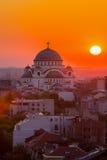 Belgrade panorama med templet av helgonet Sava Arkivbilder