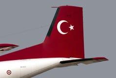 一架军用飞机的尾巴 免版税库存照片