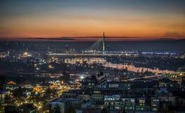 Belgrado entro la notte fotografia stock