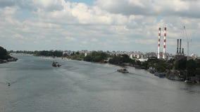Belgrado - Sérvia - cena da cidade no rio Sava vídeos de arquivo
