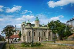Belgrado, Servië 07/09/2017: Kerk van de Beklimming, Belgraderom het gezichtspunt op de tempel Heilige Sava Stock Afbeelding