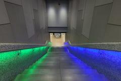 Belichtete Schritte in der Bahnstation während Luminale in Frank Lizenzfreies Stockbild