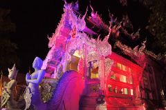 Belichteter Wat Sri Suphan Silver Temple in Chiang Lizenzfreies Stockfoto