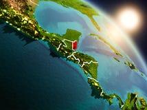 Belize de l'espace pendant le lever de soleil illustration de vecteur