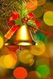 Bell auf Weihnachtsbaum stockfotos