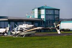 Bell 206 b JetRanger III bladed śmigłowcowy lądowanie Zdjęcia Royalty Free