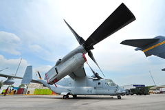 Bell Boeing MV-22 Osprey tilt rotor aircraft on display at Singapore Airshow Stock Photo